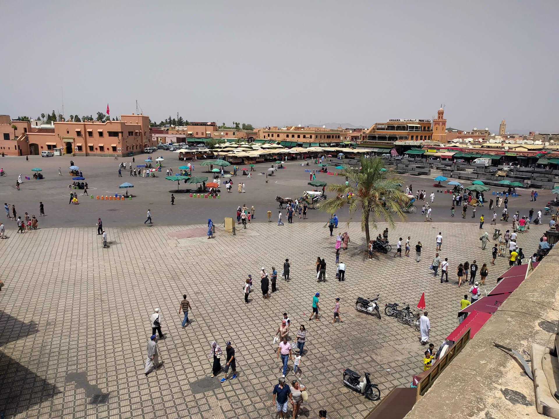 Slika trga Džema el Fna u Marakešu