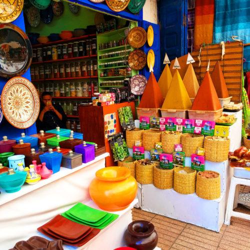 Suk u Maroku - pijaca i zacini na slici